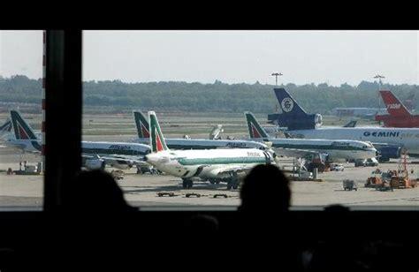 voli interni usa low cost volare ancora pi 249 low cost si pu 242 in arrivo la tariffa di