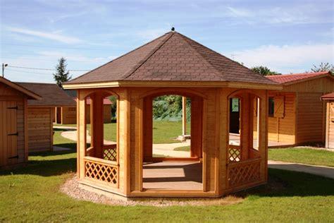 kiosque en bois pour jardin kiosque pour salon de jardin qaland
