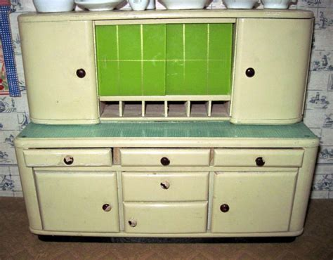 1930 kitchen cabinets 10 best images about 1930s kitchens on pinterest arts