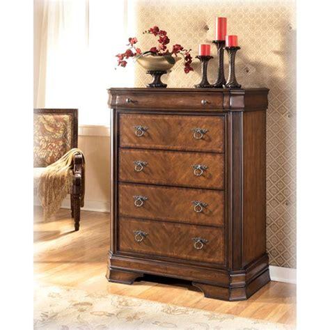hamlyn bedroom set b527 46 ashley furniture hamlyn bedroom chest