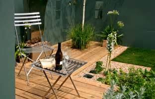 small space garden gardening tips garden guides