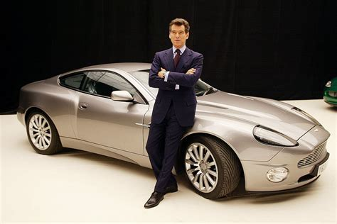 Auto James Bond by Top 6 James Bond Cars A Place To Hang Your Cape