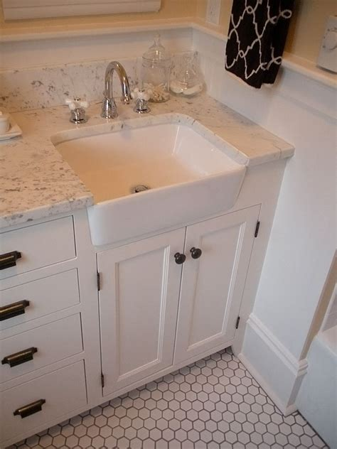 Apron Front Bathroom Vanity 1000 Ideas About Apron Front Sink On Sinks Farmhouse Sinks And Kitchen Sinks