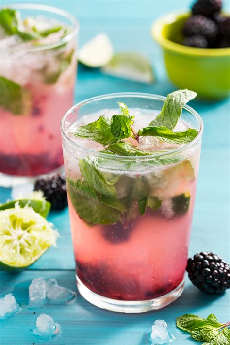cocktail drinks recipe easy best blackberry mojito recipe how to make a mojito cocktail