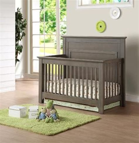 chelsea convertible crib caramia furniture ltd recalls chelsea convertible crib
