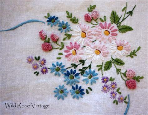 Handkerchief Vase 20 Beautiful Hand Embroidery Designs Easyday
