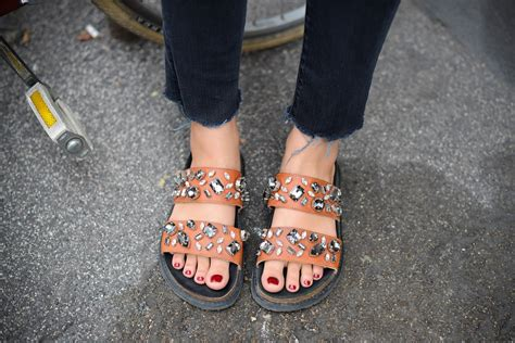 wearing sandals when is it warm enough to wear sandals 5 top tips