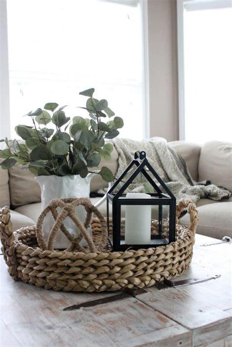 coffee table decor ideas   cozy living room salvaged