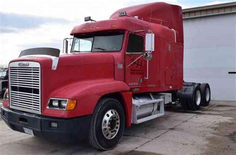 freightliner fld   sleeper semi trucks