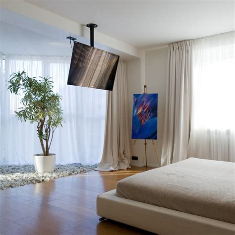 tv in front of window home design ideas pictures remodel decora 231 227 o tv no quarto tanto tempo