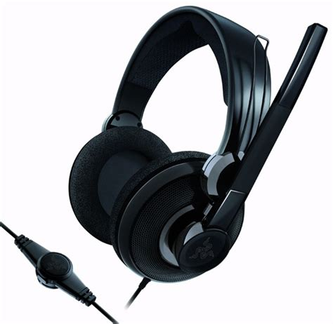 Headphone Razer Carcharias razer carcharias headset review