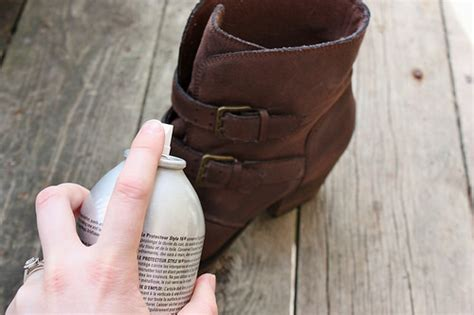 How To Get Water Stains Out Of Suede by How To Get Water And Salt Stains Out Of Ugg Boots
