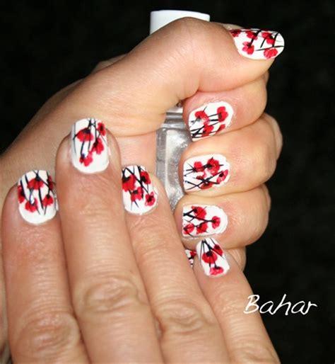easy nail art poppy design one stroke perfect anzac nails nail designs pinterest