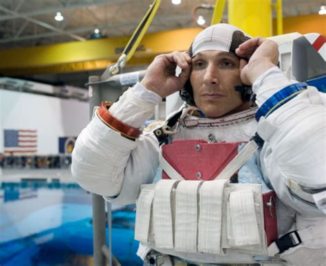 expedition 37 38 s tips for surviving voyages in space