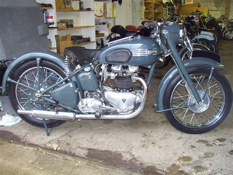 Triumph Motorrad 1950 by 1950 6t Thunderbird Triumph Motorcycles Pinterest