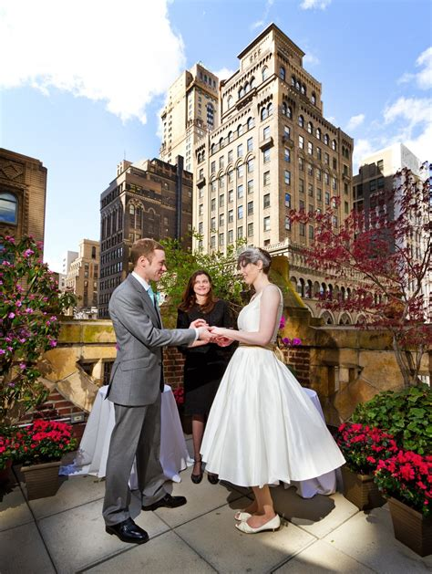 Wedding Ny by Weddings And Honeymoons At The Library Hotel New York City