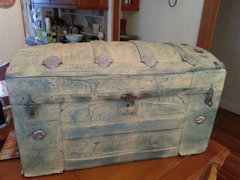 1000 images about shabby trunks and chests on pinterest