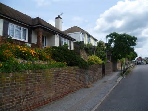 houses to buy in gravesend houses in cross lane east gravesend 169 marathon cc by sa 2 0 geograph britain and