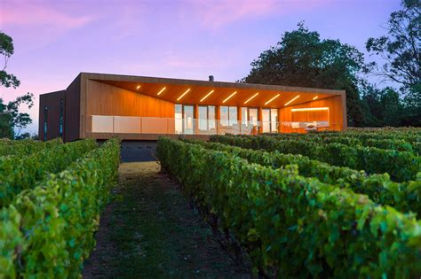 red hill design toronto a modern home in the wine region of red hill design milk