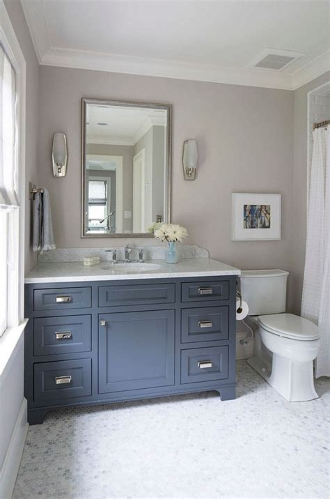 Bathroom Wall Colors With White Cabinets by 25 Best Ideas About Bathroom Paint Colors On
