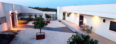 patios de casas modernas casa corten h canexel