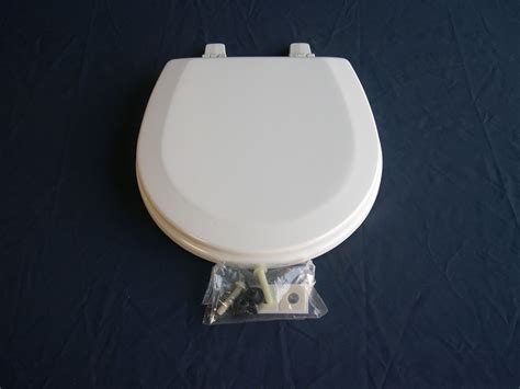 sealand toilet seat sealand dometic 385344436 toilet seat white 1000 series
