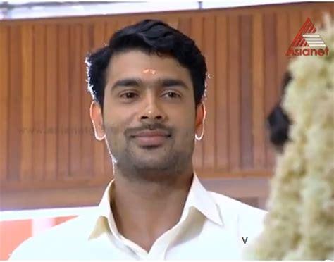 parasparam actress divya nithin parasparam serial cast actors and actress malayalam tv