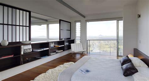 luxury modern residence  breathtaking views  glass