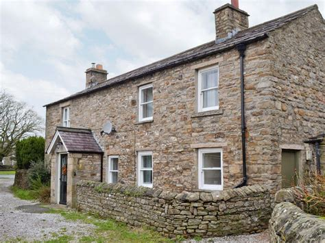 Rosemary Cottage In Leyburn Selfcatering Travel Rosemary Cottage
