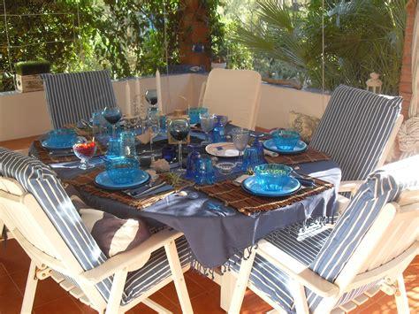 tavola estiva apparecchiata tutti a tavola come organizzare una cena estiva