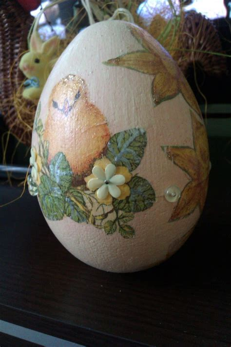 Decoupage Easter Eggs - easter egg decoupage decoupage