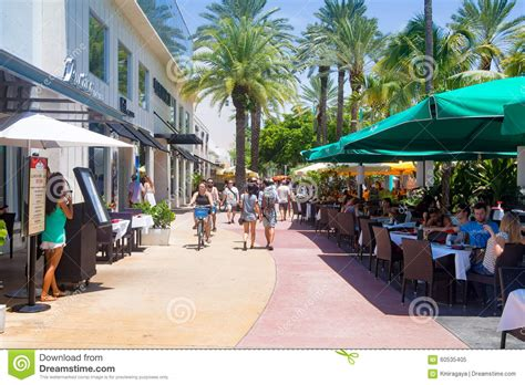 center lincoln road lincoln road a shopping boulevard in miami