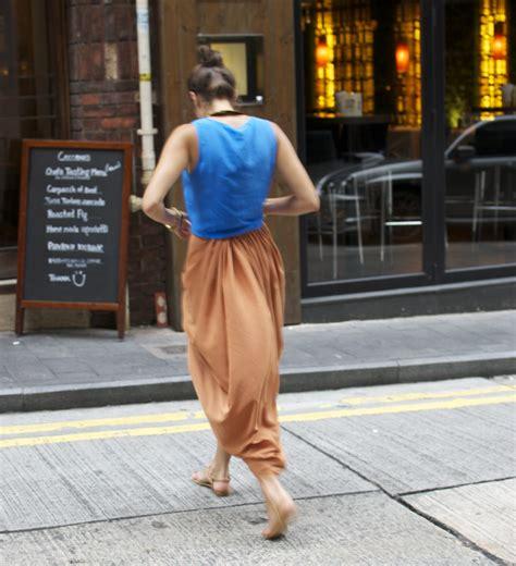 apair andaspare diy caramel front pleated skirt