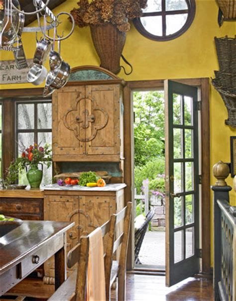 yellow decor kitchen captainwalt