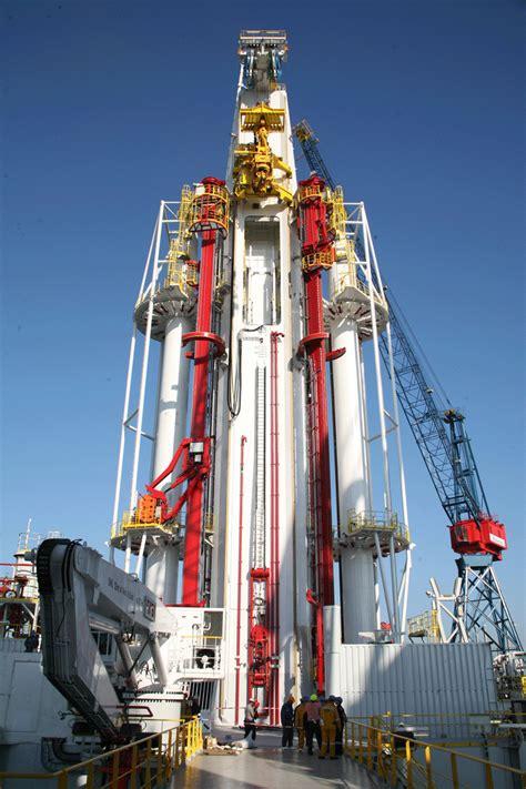 150 Ft In Meters next generation semi replaces derrick with multipurpose