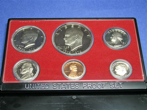 Set Mint united states mint proof sets versus uncirculated sets
