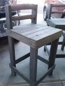 pallet bar stool great design
