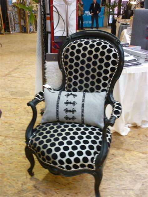 tissus ameublement fauteuil couturi 232 re tapissier d 233 corateur couture d ameublement bordeaux r 233 fection restauration de