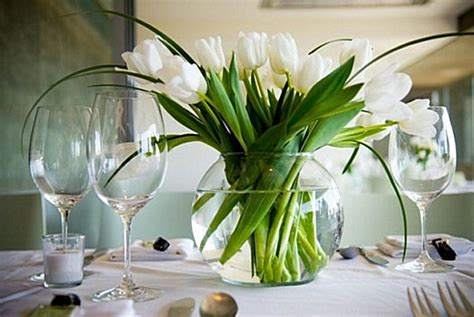 table centerpiece flowers 25 dining table centerpiece ideas