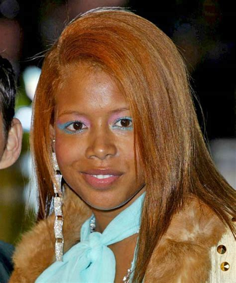 kelis casual long straight hairstyle