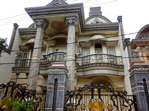 rumah mewah klassik