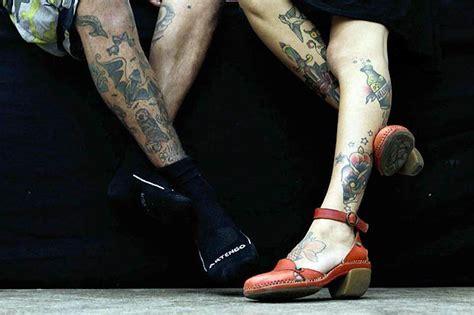 tattoo alley singapore pase lo studio di greaskull alley usa il gimme love tattoo