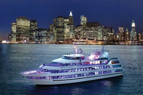 luxury boat rentals new york ny custom mega yacht 830 - Boat Drinks New York