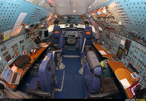 Antonov Interior by Pics For Gt Antonov 124 Interior