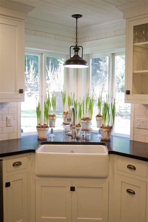 Kitchen Cabinets Corner Sink Best 25 Corner Kitchen Sinks Ideas On Kitchens With Corner Sinks White Kitchen