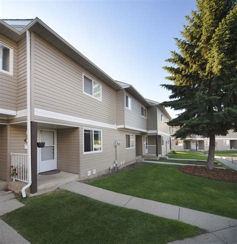 3 bedroom rentals edmonton 3 bedrooms edmonton north east townhouse for rent ad id
