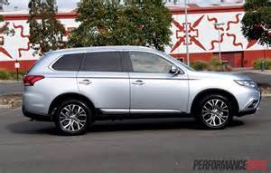 Silver Mitsubishi Should You Buy A 2016 Mitsubishi Outlander Diesel