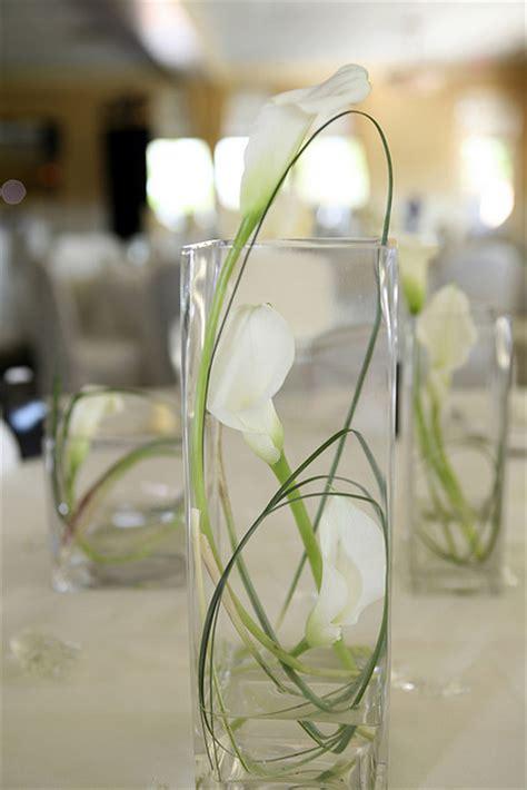 calla lilys vase