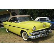 1954 Ford Crestline Sunliner Convertiblejpg