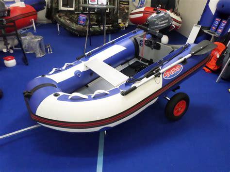 rubberboot met motor 2 5 pk debo rubberboot db230 yamaha 2 5pk motor debo